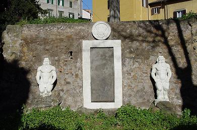 Curiosit romane la porta magica - Porta magica piazza vittorio ...